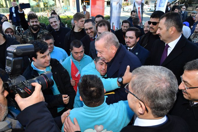 Hoşgeldiniz, bizlere şeref verdiniz Sayın Cumhurbaşkanım. Üsküdar sizinle başka güzel. @RT_Erdogan #ÜsküdarReisinibekliyor Fotoğraf