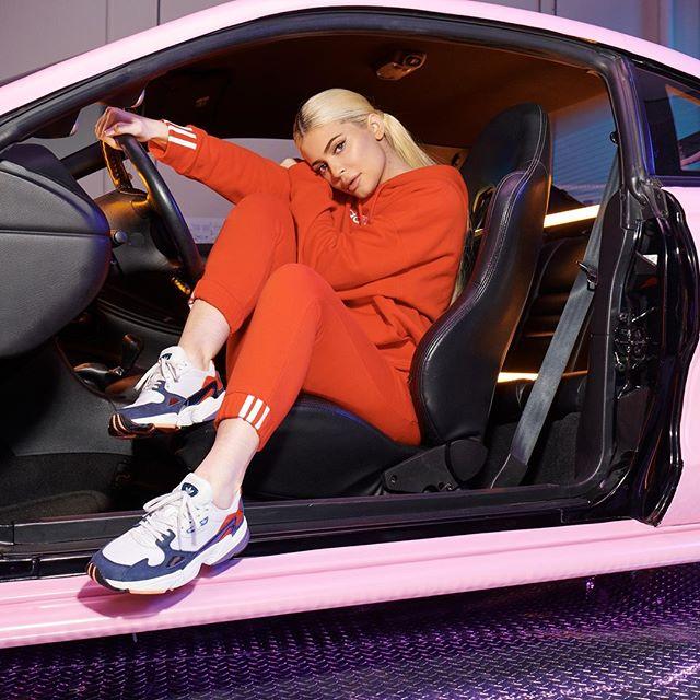 Falcon Jenner Turnschuhe Sneaker Kylie Originals Adidas