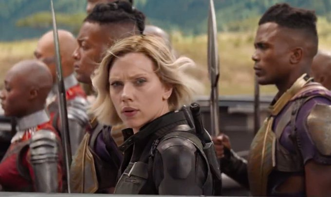 """""""We lost. All of us."""" Me: At least Black Widow got her eyebrows back. #AvengersEndGame Foto"""