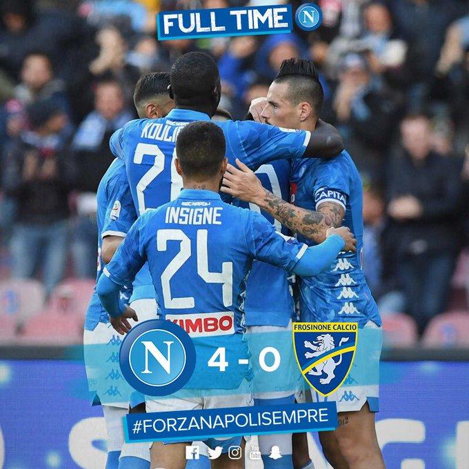 📌 Partita finita❗ ⚽ #NapoliFrosinone 4-0 🇮🇹 @SerieA 💙 #ForzaNapoliSempre Foto