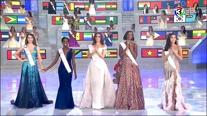 พี่จะขึ้นเวทีไปร้องเพลง ลงมาขอให้หนูมงลงนะลูกกกกกก #MissWorld2018 Photo