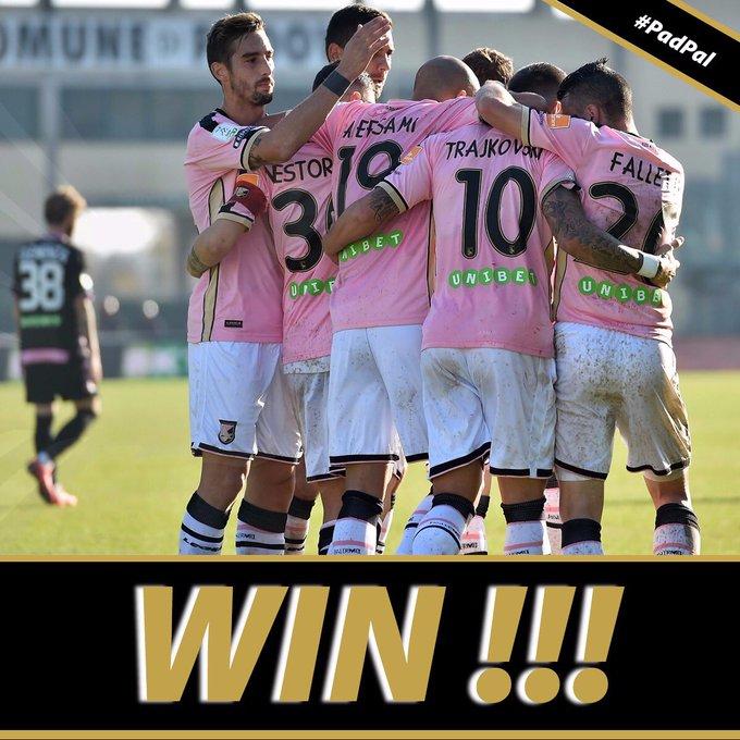 ⚽️ Padova-Palermo 1-3 👏🏻👏🏻👏🏻 9️⃣ risultati utili di fila e 2️⃣9️⃣ punti in classifica. Primato mantenuto ✅ grandi ragazzi 💪🏻💪🏻💪🏻 #PadPal ➡️ Foto
