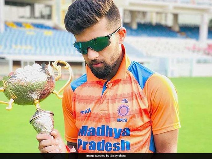 #AjayRohera sets world record for a batsman on First-Class debut #RanjiTrophy READ: Photo