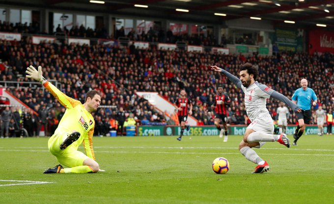 A finish that took 😉 The second #PL player to double figures this season 👏 #BOULIV @MoSalah Foto