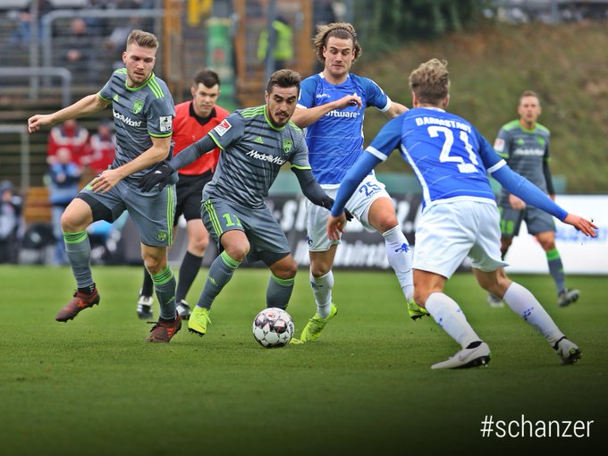 Die #Schanzer Duelle mit @sv98 bleiben denkwü Hier ist der Spielbericht zu #D98FCI: Foto
