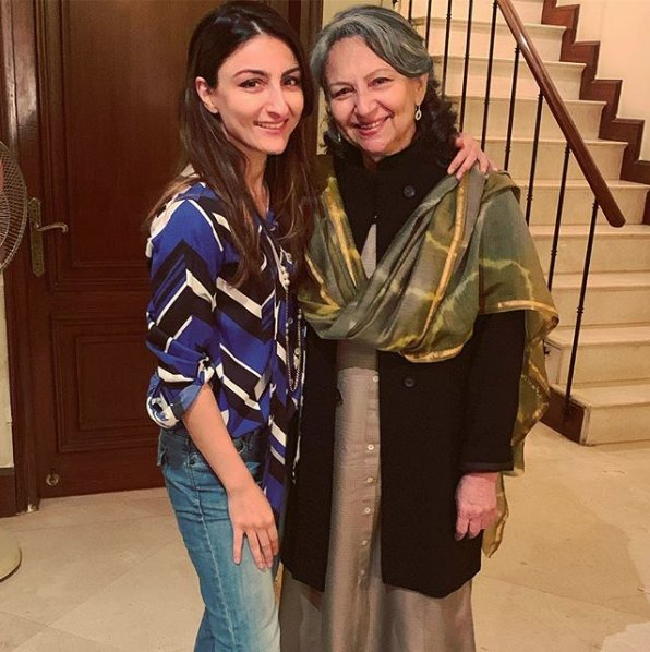 .@sakpataudi shares an adorable picture with mother #SharmilaTagore on her birthday Photo