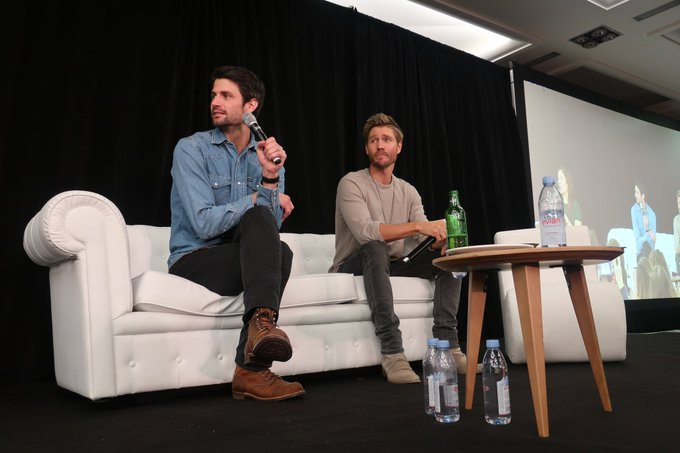 #123Ravens - Un petit avant-goût du panel de @ThisIsLafferty et @ChadMMurray. #OTH Photo