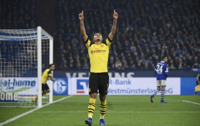 Jadon Sancho registra 5 goles y 6 asistencias en los 14 partidos que ha disputado en Bundesliga esta temporada. Tiene apenas 18 añitos. Photo