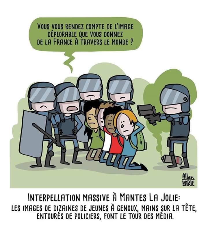 A Mantes-la-Jolie, des dizaines de jeunes agenouillés mains sur la tête - Page 10 Dt6Am_5WwAAgKFm