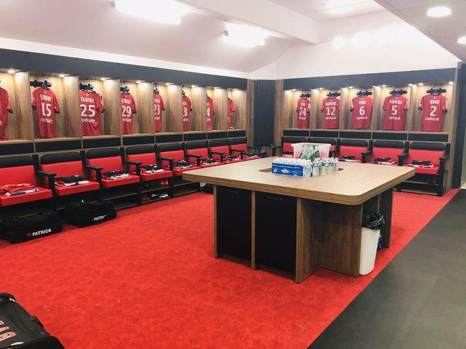 Le vestiaire est prêt à accueillir les joueurs ✅ #EAGASC Photo