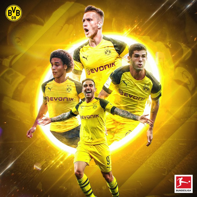 The Ruhr Valley is Black and Yellow 🖤💛 #Revierderby #S04BVB 1-2 Foto