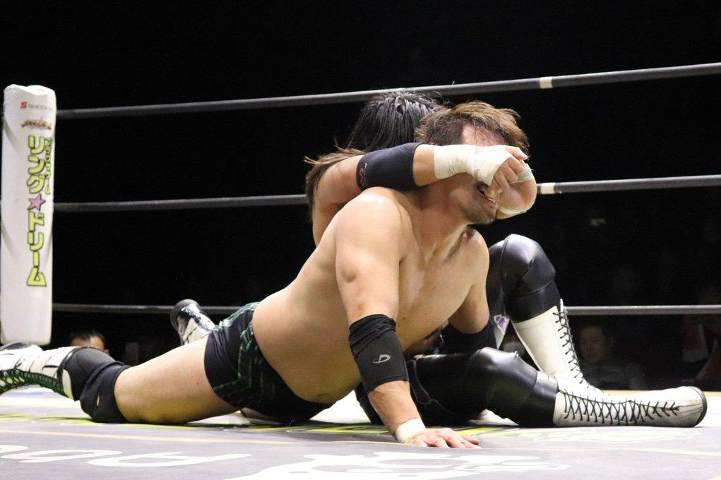 "DDT: ""D-King Grand Prix 2019"" Día 5 Shinya Aoki es doble monarca 5"