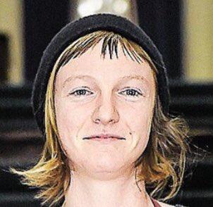 #Catherine_Dorion est-elle une #FEMEN qui a gardé ses vêtements mais dont l'intérieur du cerveau est nu? Photo