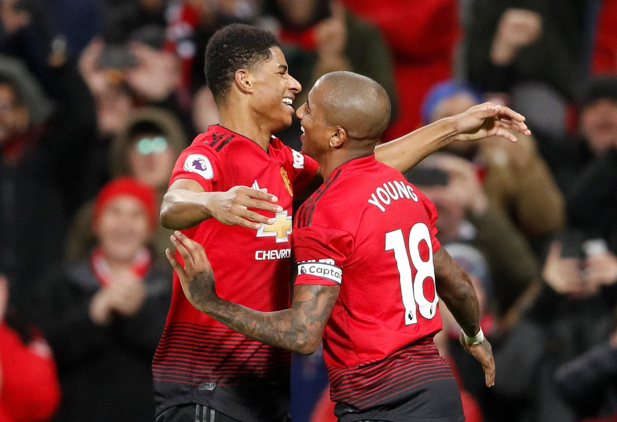 FULL-TIME Man Utd 4-1 Fulham The Red Devils score four for the first time this season as they demolish Claudio Ranieris side at Old Trafford #MUNFUL