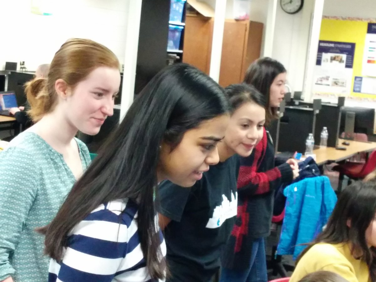 ⭐Phenomenal mentoring today!⭐Arlington Tech's computer science students are teaching coding at Swanson's Codathon on a Sat.  Students get <a target='_blank' href='http://search.twitter.com/search?q=STEM'><a target='_blank' href='https://twitter.com/hashtag/STEM?src=hash'>#STEM</a></a> role models early!  <a target='_blank' href='http://twitter.com/SwansonAdmirals'>@SwansonAdmirals</a> <a target='_blank' href='http://twitter.com/arlingtontechcc'>@arlingtontechcc</a> <a target='_blank' href='http://twitter.com/APS_CTAE'>@APS_CTAE</a> <a target='_blank' href='http://twitter.com/APSVirginia'>@APSVirginia</a>  <a target='_blank' href='http://twitter.com/APSLibrarians'>@APSLibrarians</a> <a target='_blank' href='http://twitter.com/swansonlibrary'>@swansonlibrary</a> <a target='_blank' href='http://search.twitter.com/search?q=APSCodes'><a target='_blank' href='https://twitter.com/hashtag/APSCodes?src=hash'>#APSCodes</a></a> <a target='_blank' href='http://twitter.com/APSVaSchoolBd'>@APSVaSchoolBd</a> <a target='_blank' href='https://t.co/Sjhi4PTOUQ'>https://t.co/Sjhi4PTOUQ</a>