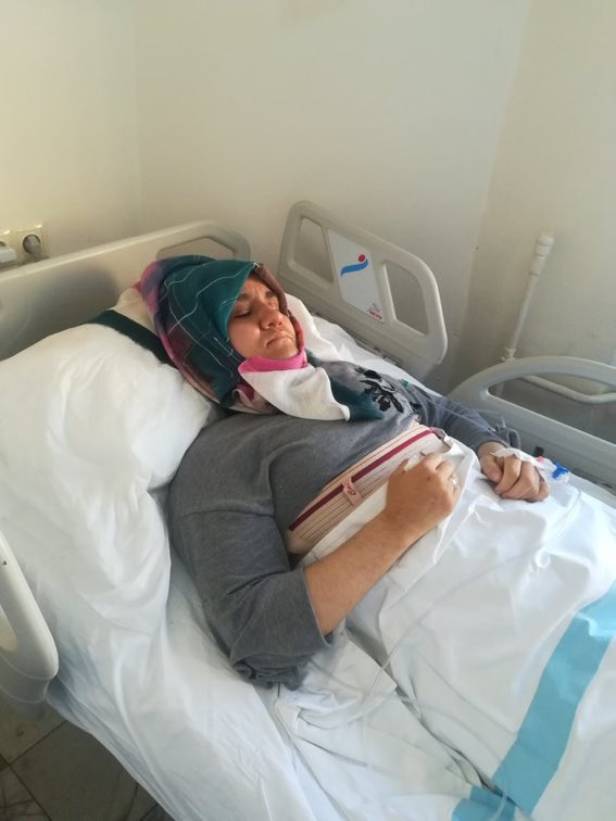 Hatice Civelek, a victim of Erdogan regime, loses her 2 little daughters, her dad and mother in law in the car accident on the way to home from prison and just recovers from coma. She could not attend the funereal and begs for release of his jailed husband. <br>http://pic.twitter.com/p1yOV7cf7D