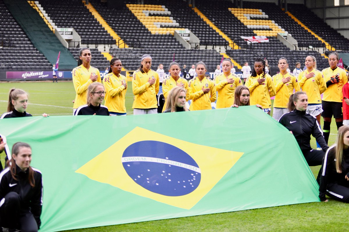 A #SeleçãoFeminina já conhece seu grupo para a Copa do Mundo de 2019! Vamos enfrentar Austrália, Itália e Jamaica na fase de grupos da competição que será realizada no meio do ano. #GigantesPorNatureza