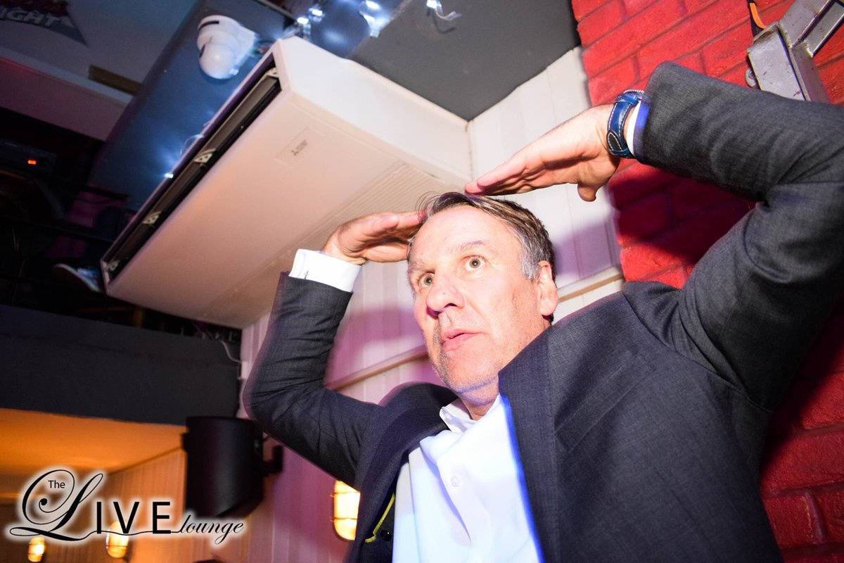 Paul Merson in live lounge last night 😂