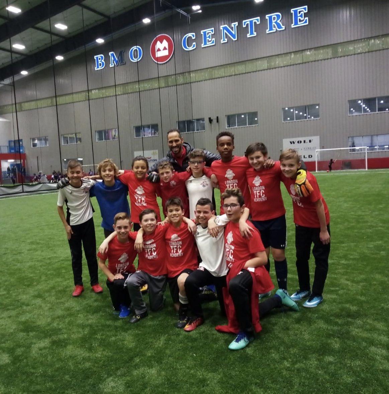 A team pic before the Christmas break with TD Paulo and the LONDON TFC 07 Academy boys. @LdnTFC @FCLondon @OntarioIsSoccer @tfcacademy @BMOCentreLondon. #LdnOnt #OPDL #academy