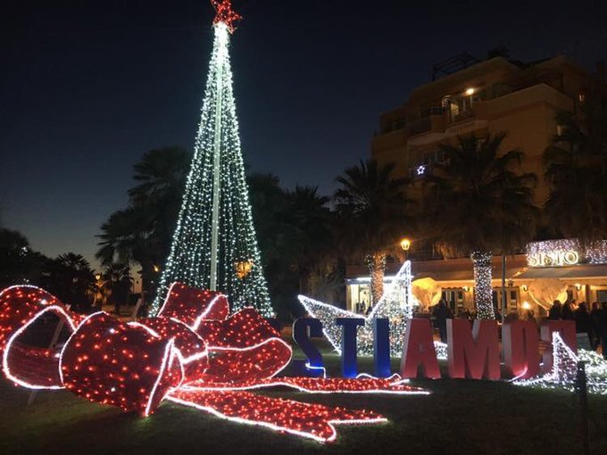 #Immacolata #8dicembre Le luminarie della mia città, che possano accendersi anche le persone . Foto