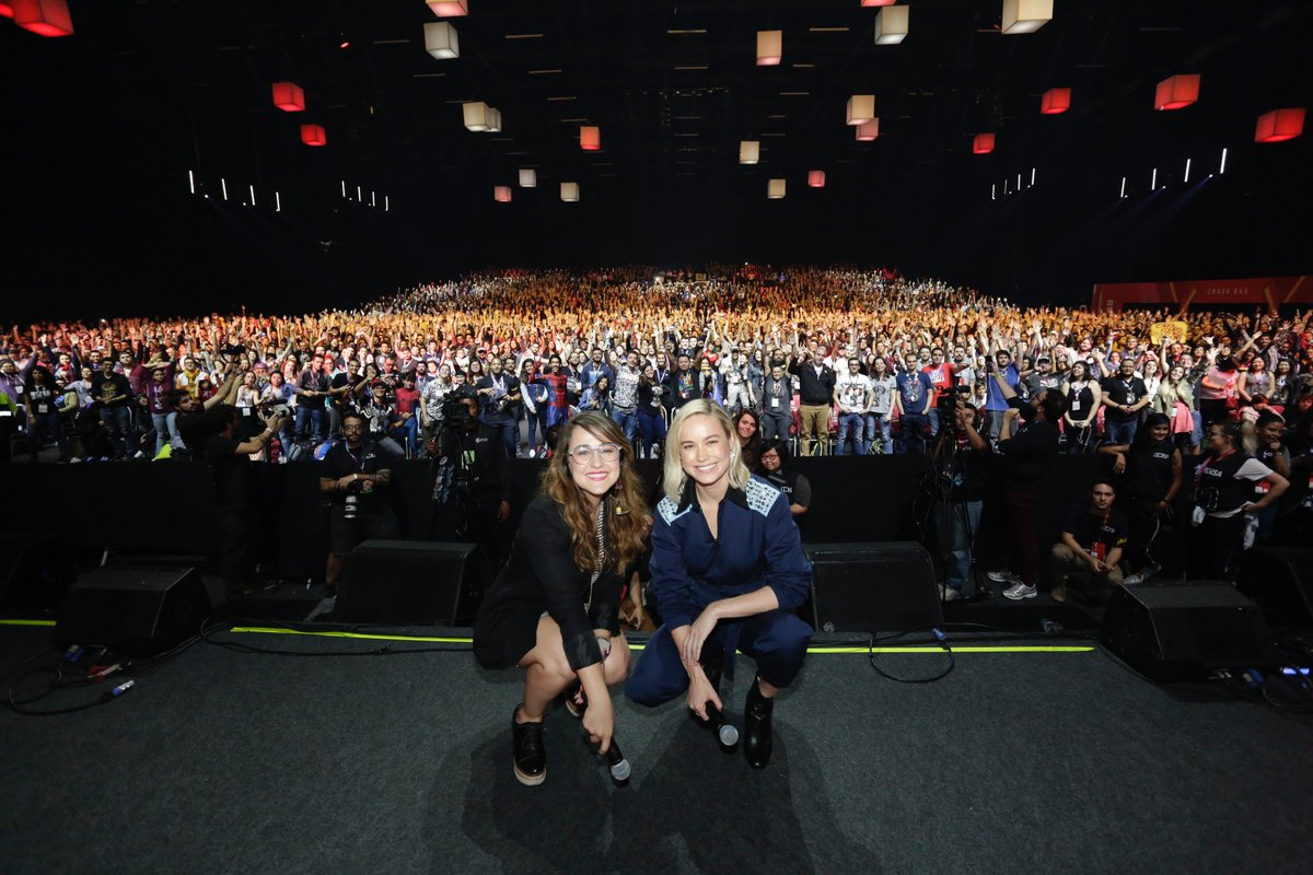 Check out these photos of Captain Marvel's @BrieLarson with fans at CCXP18 in São Paulo. Thank you to all of those in attendance!