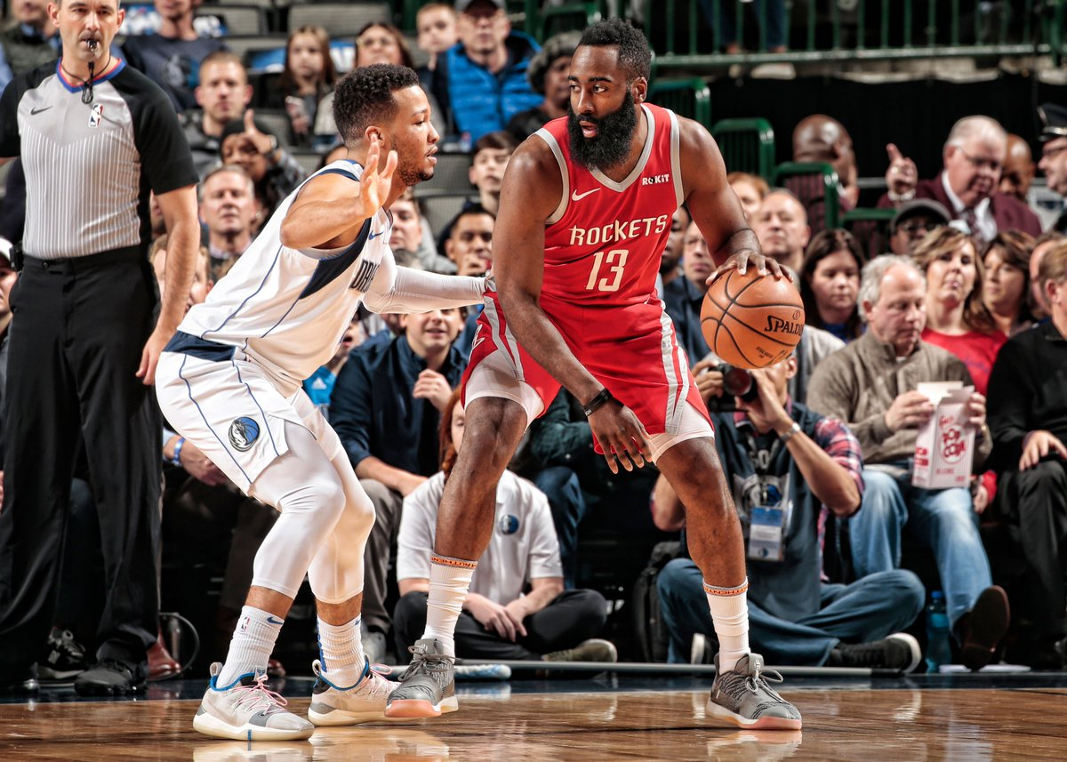 All tied up heading to the 4th.   #Rockets 84 l Mavs 84