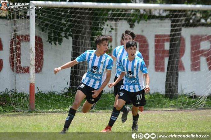 #DivisionesInferiores | La 6ta división de #GyEJujuy venció al León y se metió en la final Foto