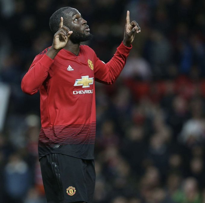 The last 3 games wey Romelu Lukaku don play for Man United, e score 2 goals. ⚽️ ⚽️ Hin form dey come back small small 🙏🏿 🔥 #MUFC Photo