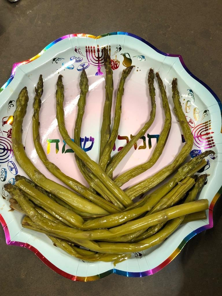 #ShavuaTov tweeps! Hope weekends are wonderful! #ChagSameach! (Photo courtesy Deborah + @michaeldickson)