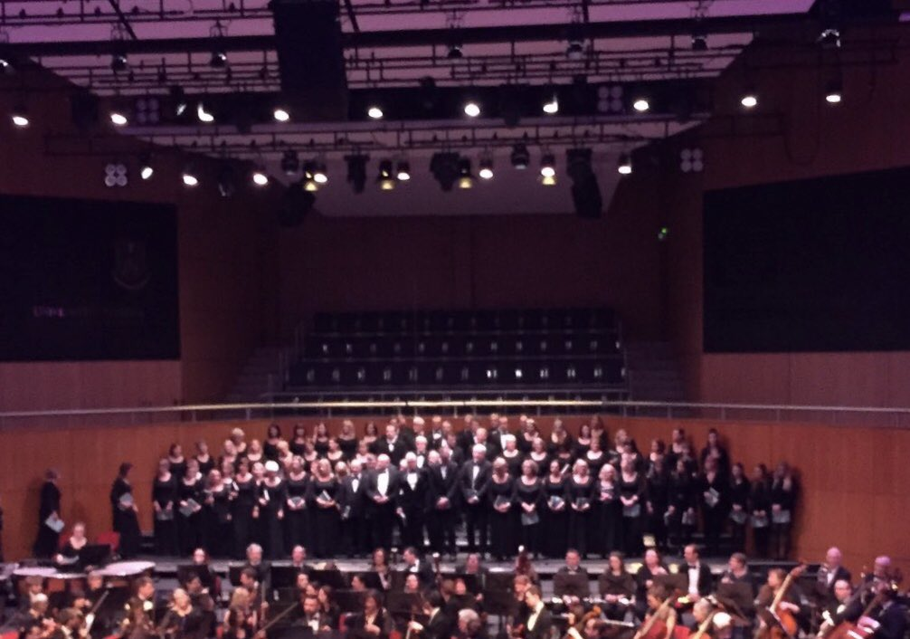 Brilliant - the University of Limerick Orchestra Christmas Concert and Limerick Choral Union performed Karl Jenkins' The Armed Man and works by Borodin and Auber in the @UL concert hall tonight