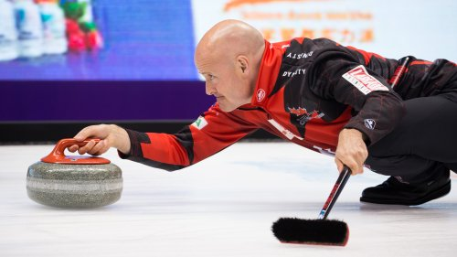 After trailing 5-1 in 7th end, Kevin Koe storms back and steals the last end to win 7-5 over Brad Gushue in the Home Hardware Canada Cup of Curling semifinal (Photo: Celine Stucki - World Curling Federation) #curling Photo
