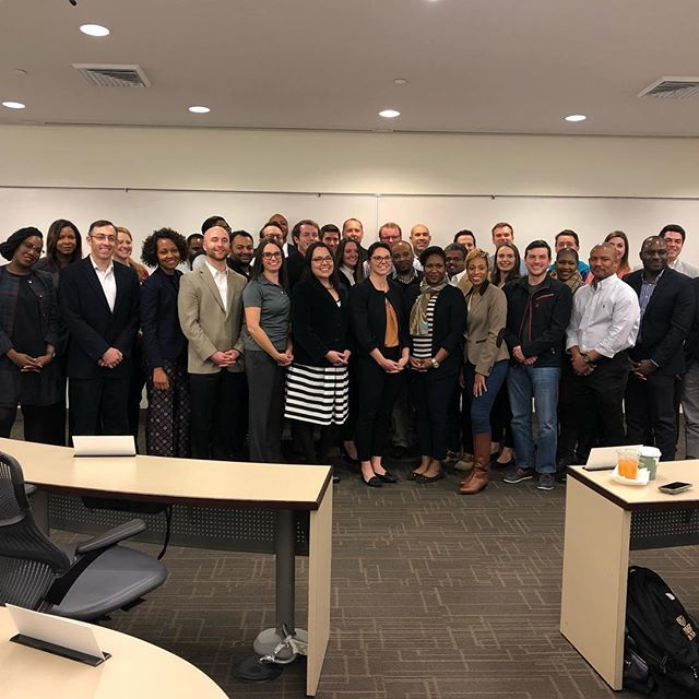 Students in the Charlotte Saturday MBA program wrap up their marketing management class (and the semester) with team presentations. #bizdeacs #wakeforest #businessideas #highereducation #marketingstrategy https://t.co/7atujeYORt