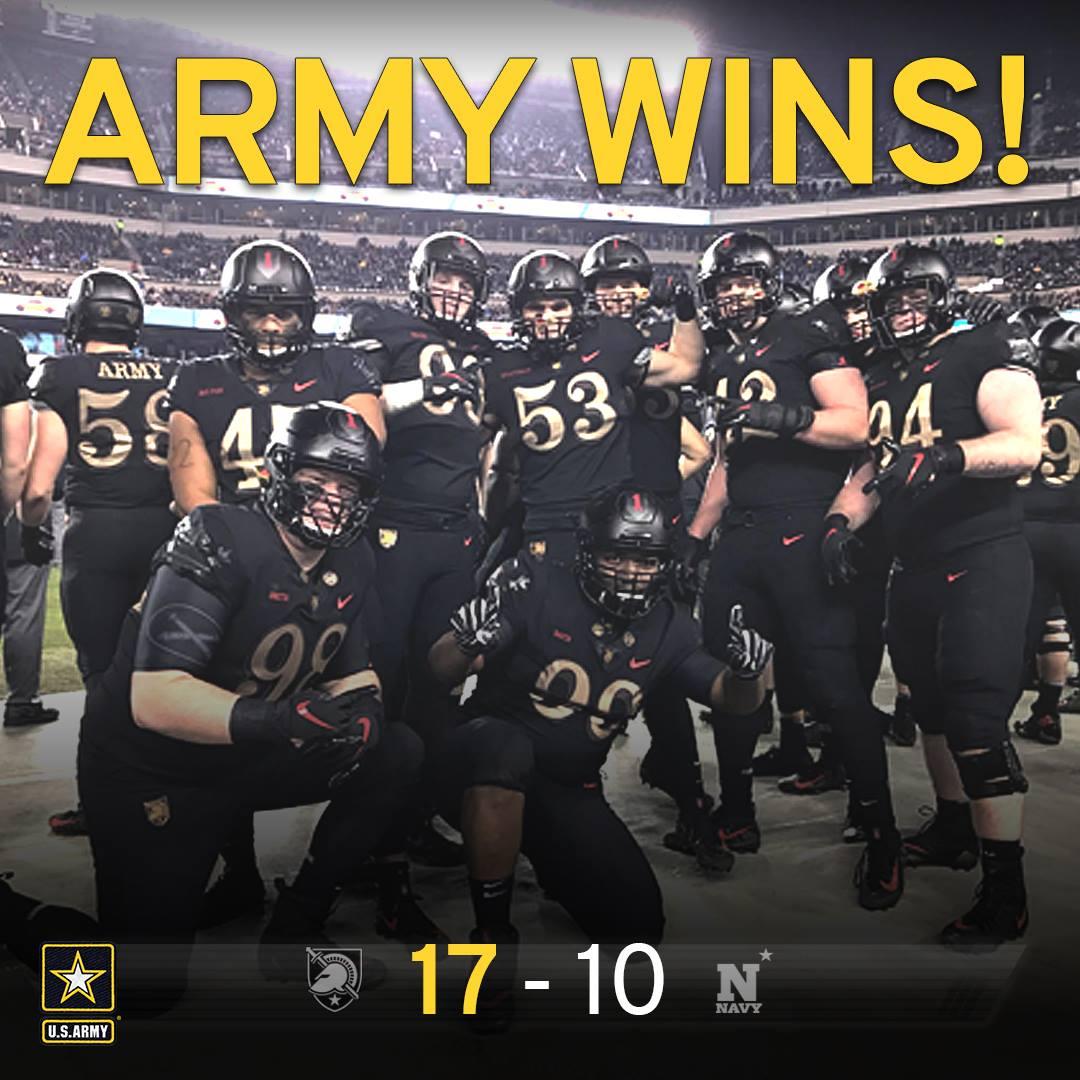 Army beats Navy 17-10!  3 in a row!  #GoArmy #ArmyNavyGame https://t.co/pB5LGvbu5m