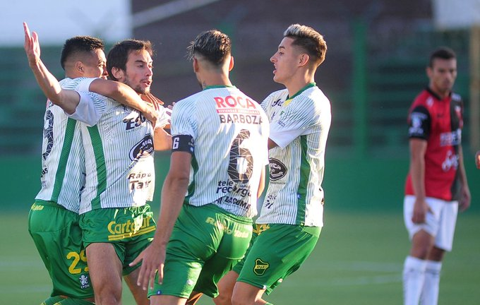 ¡GANÓ DEFENSA Y JUSTICIA! Con goles de Rius, Aliseda y Togni, el Halcón goleó 3-0 a Colón en Varela por la fecha 15 y cierra el año como el único invicto de la Superliga. Foto