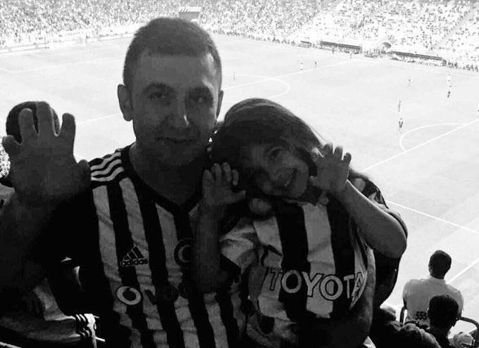 Hiçbir futbol galibiyeti, şampiyonluğu, başarısı bir insanın canından ve bir çocuğun babasız büyümesinden önemli değildir. Allahım mekanını cennet eylesin #MehmetTutulkan Fotoğraf