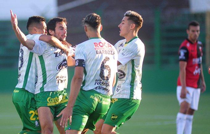 ¡Final! Defensa y Justicia goleó 3-0 a Colón en Florencio Varela, con goles de Rius, Aliseda y Togni #Superliga Foto