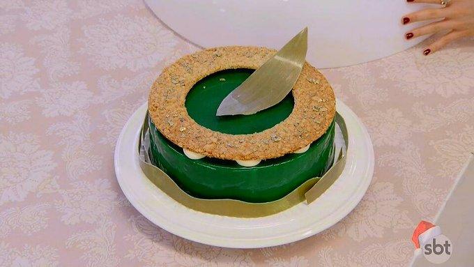 Meu Deus, Beca!!! Que bolo é esse??? Sensacional!!! 👏👏👏👏 #bakeoffbrasil Photo