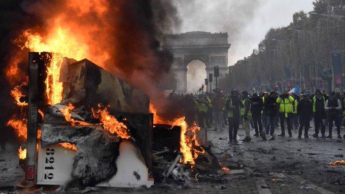 Francia: Más de detenidos dejan manifestaciones en las que participaron 125 milpersonas Foto