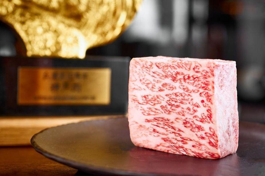 RT @EaterVegas: Eat real Kobe beef at these five restaurants in Las Vegas. https://t.co/iNqW8qFFlT https://t.co/1trpflbyAs