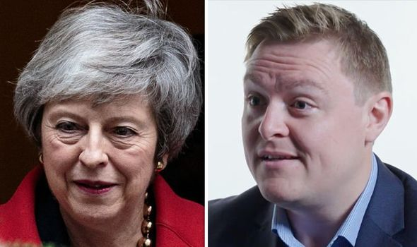 'May's deal IRREVOCABLY WEAKENS the UK' - Latest minister to resign Will Quince SPEAKS OUT - - LIKE & RETWEET Photo