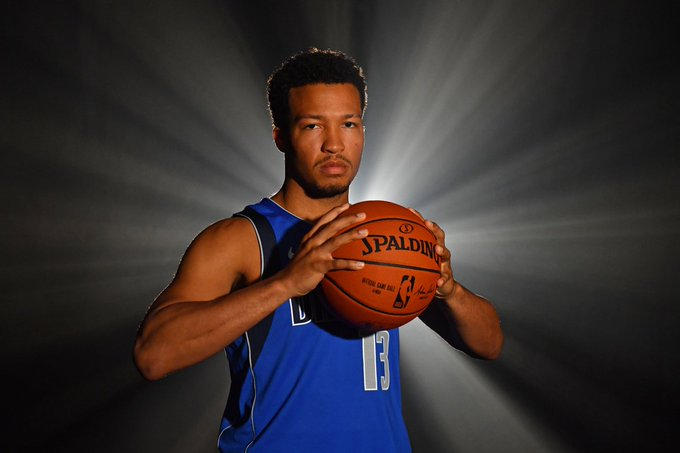The rookie Jalen Brunson (@jalenbrunson1) as a starter vs the Rockets: 14 points, 3 assists, 3 steals, 7-9 FG, and a clutch layup with 24 seconds left in the fourth to seal the game. #MFFL Photo