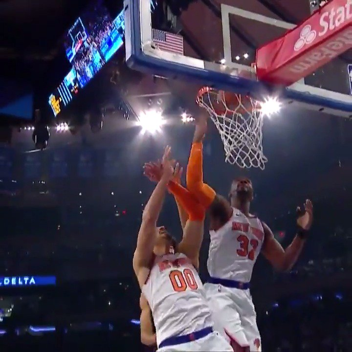 The Knicks are out here dunking on their own basket! 🤣 #Shaqtin