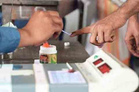 Panchayat Elections: Yet again no polling in #Pulwama Photo