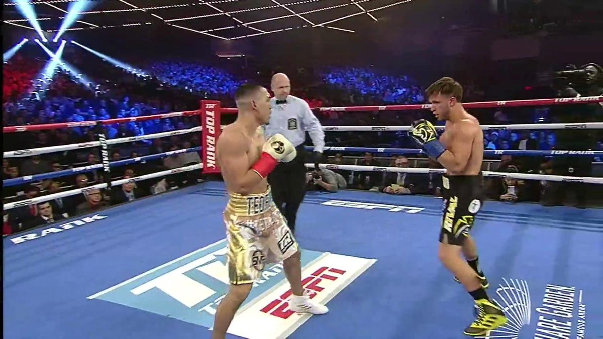 Vasiliy Lomachenko Beats Jose Pedraza by Decision in Lightweight Title Bout