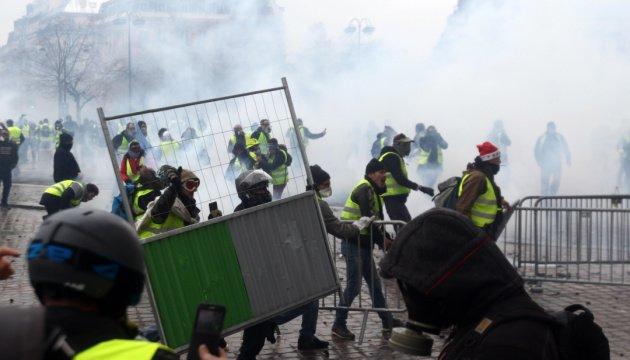 Когда Леонид Кравчук говорил, что после отделения от СССР Украина станет как Франция, французы не почувствовали в его словах угрозы. А зря... Фото