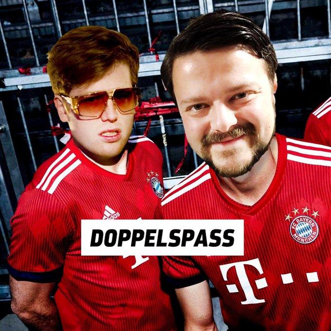DOPPELSPASS - Der einzige Fußball-Podcast Der eine ist Bayern-Fan, der andere Anhänger des Liverpool FC. @nanoorap und meine Wenigkeit quatschen in Folge 1 über den Rekordmeister. Den MIA SAN MIA-Verein. Den FC BAYERN MÜNCHEN. Hören: Foto