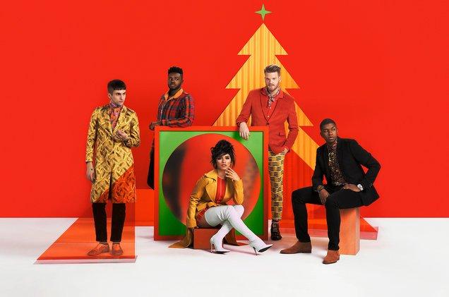 Pentatonix unveils new sentimental Where Are You Christmas video blbrd.cm/lFx2oN