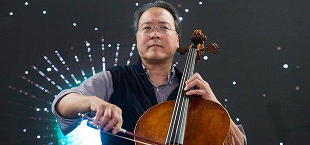 WATCH: Cellist Yo-Yo Ma performs Hallelujah as crowd sings along (via @Channel24Music ) Photo