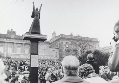 """#OnThisDay in 1895, Dolores Ibárruri (""""La Pasionaria"""") was born. Her impassioned speeches inspired many volunteers in the Spanish Civil War. She was immortalised in the International Brigade Memorial at Custom House Quay, seen here in 1980  Archive ref: P9128"""