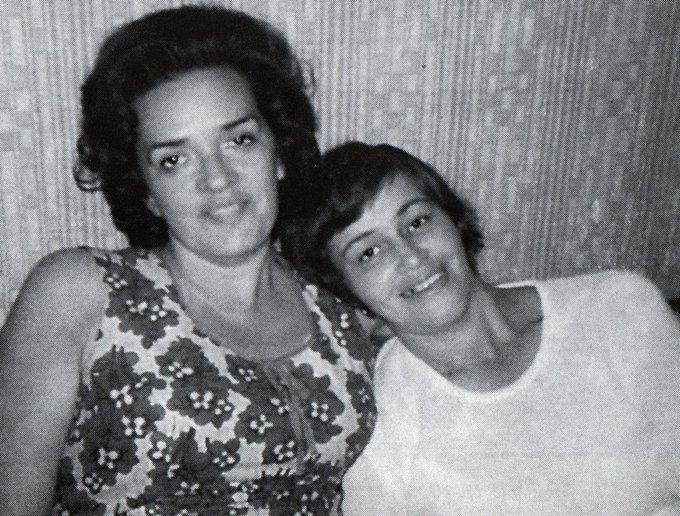 Людмила Алексеева (1927-2018) с подругой, художницей Адой Никольской. СССР. 1960-е. Фото
